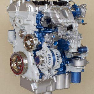 Ford_EcoBoost-Engine_02.jpg