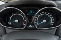 2014-ford-fiesta-sfe-ecoboost-instrument-cluster.jpg