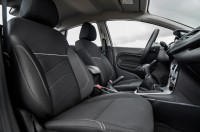 2014-ford-fiesta-sfe-ecoboost-passenger-interior-seat.jpg