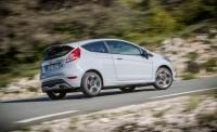 2017-Ford-Fiesta-ST200-115-876x535.jpg