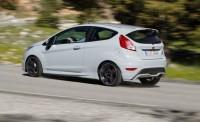 2017-Ford-Fiesta-ST200-121-876x535.jpg